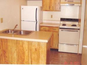 2 bedroom apartment for rent - sternberg apartments - kit2