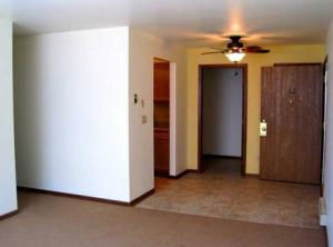 2 bedroom apartment for rent - morningside meadows apartments - entry